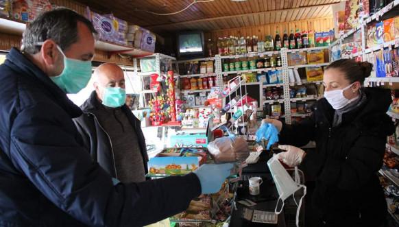 Ranilug - Distibucija maski i rukavica