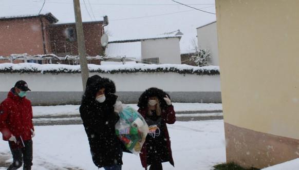 HO Kosovsko Pomoravlje - podela humanitarnih paketa