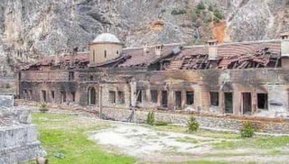 Martovski pogrom srušena crkva