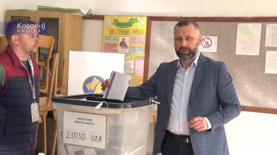 Dalibor Jevtić - glasanje.jpg
