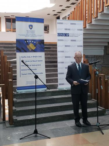 Šef  misije OEBS-a na Kosovu Jan Bratu