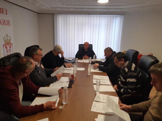 Članovi Izvršnog odbora FS KiM