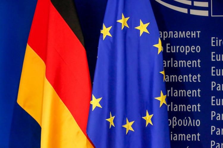 Zastave Nemačke i Evropske unije