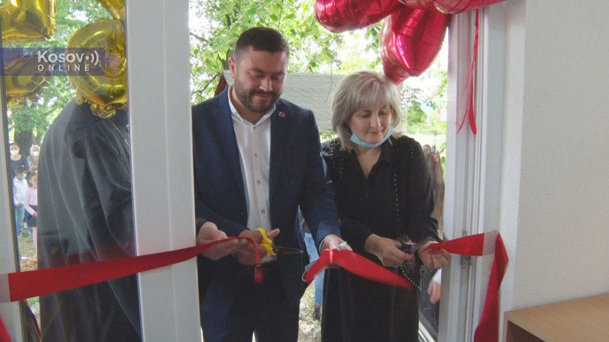 Otvaranje renovirane škole u Kuzminu kod Kosova Polja