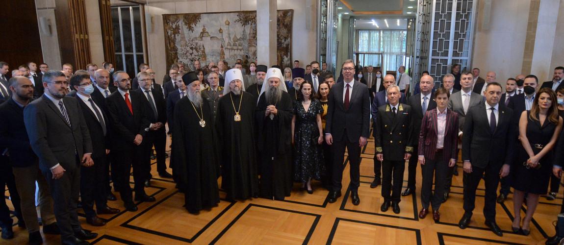 Delegacija Srbije na prijemu u ambasadi Rusije