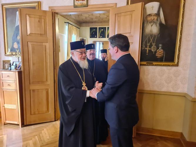 Ministar Nikola Selaković i mitropolit Sava