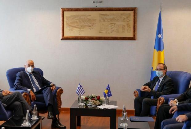 Grčki ministar spoljnih poslova Nikos Dendijas u poseti Kosovu, 9. oktobar 2020.